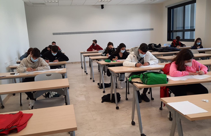 Simulacro EVAU en la Universidad Europea